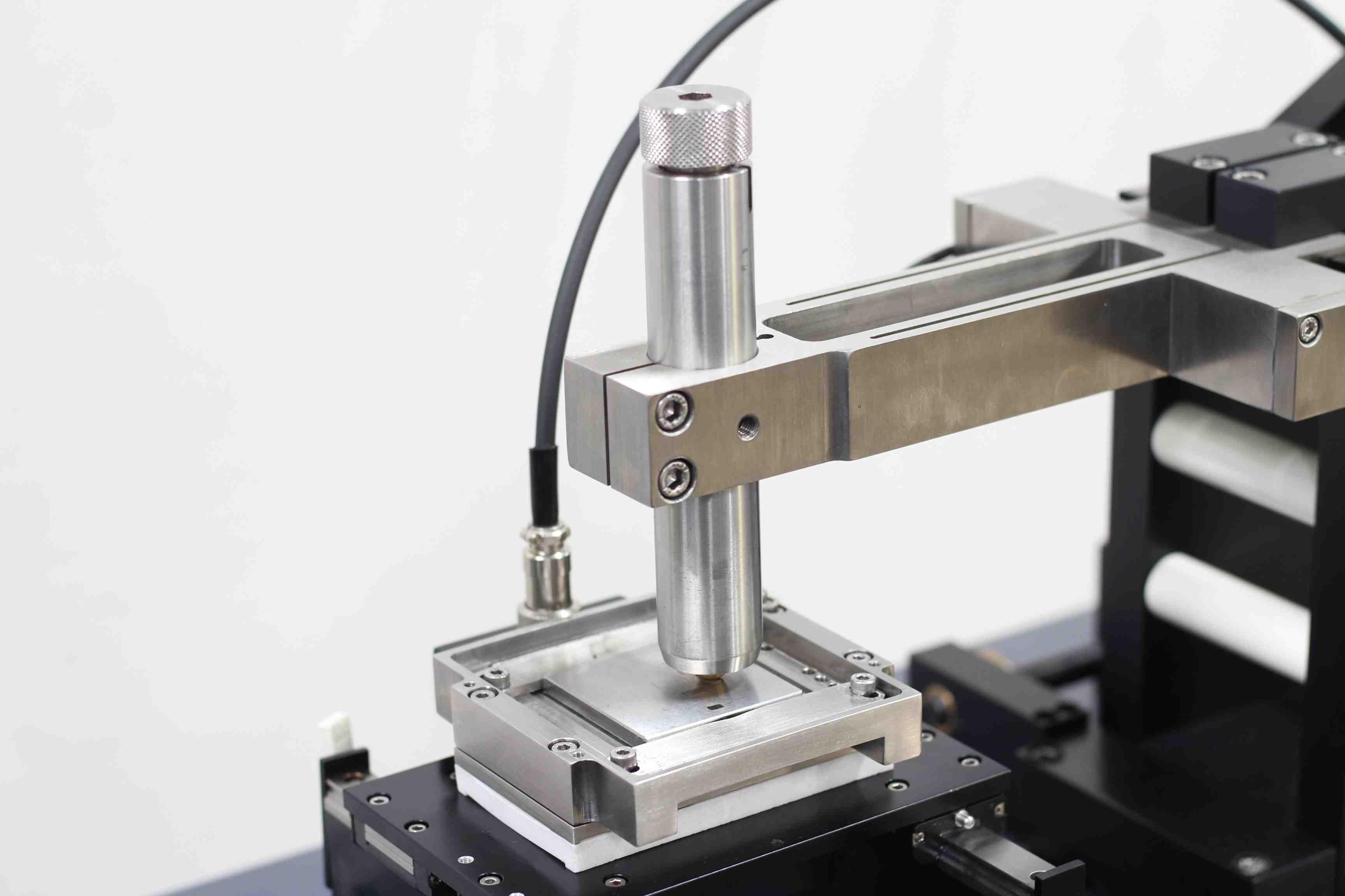POD 4.0 Tribometer Contact Closeup - LRM