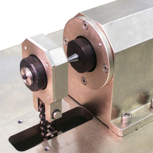 RR-Moore-Rotating-Beam-Fatiigue-Tester-Close-Up-1